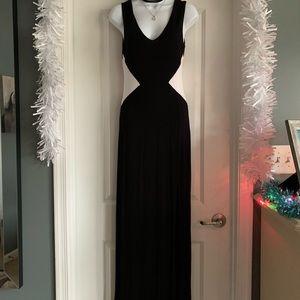 V-Neck Black & White Maxi Dress